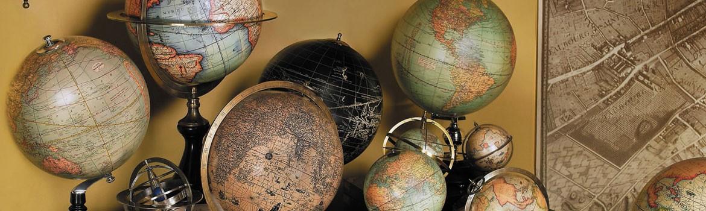 Globuri si harti vechi