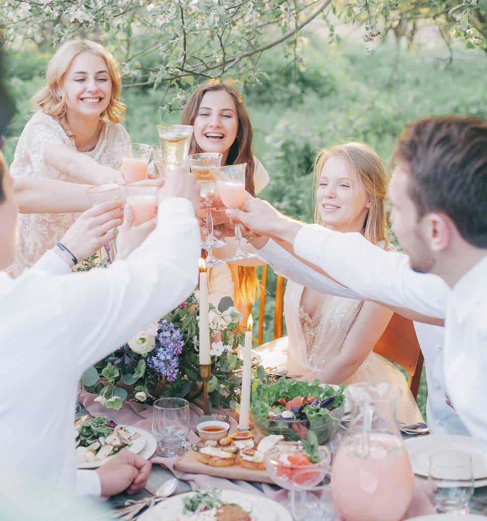 cadouri aniversare casatorie petrecere