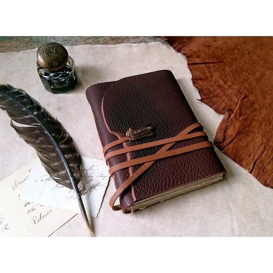 jurnal-medieval-maro-din-piele