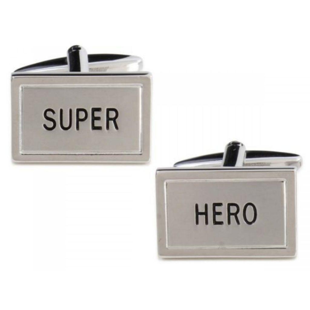 cadou-original-pentru-el-butoni-supererou