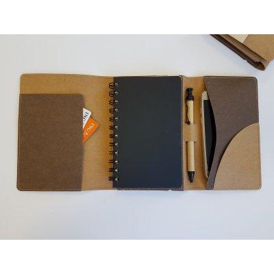 Notebook cu pix din hartie reciclata si coperta din fibre celuloza