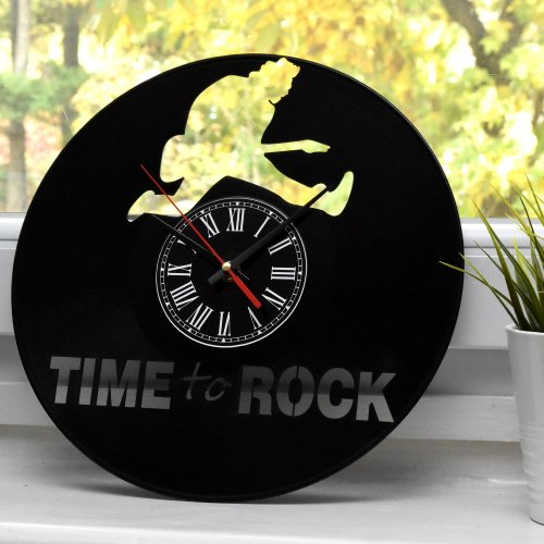 "Ceas de perete pe disc de vinil model ""Time to Rock"""